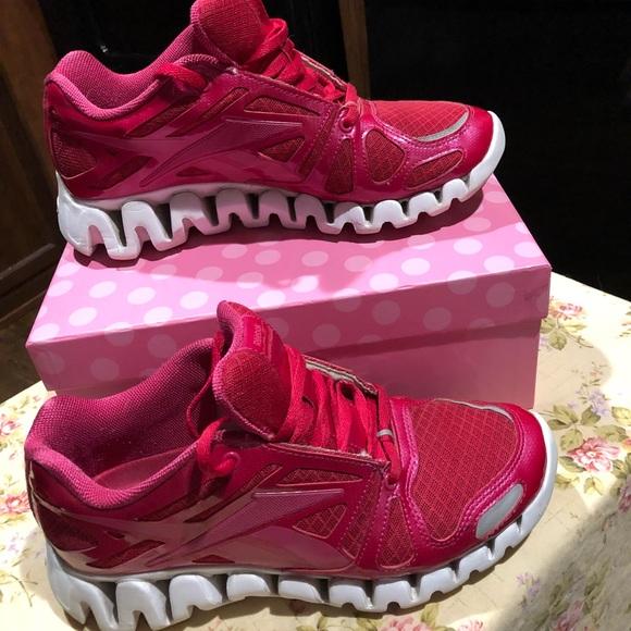 Reebok zig tech sneakers